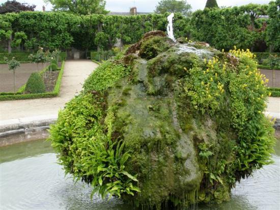 Meaux : jardin Bossuet