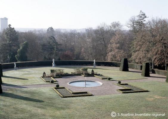 Les jardins de la Préfecture - Melun 2