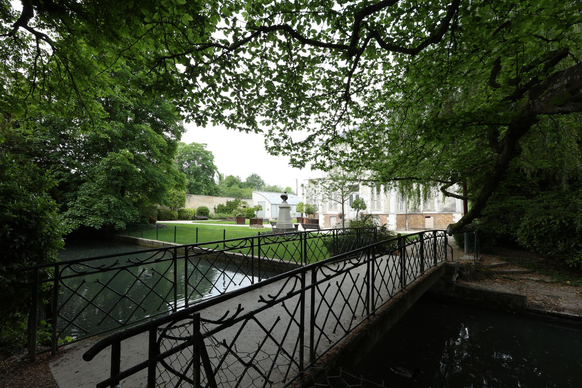 Provins-Jardin Garnier